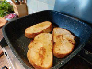 campervan vegan recipe curried butterbean cheesy toast