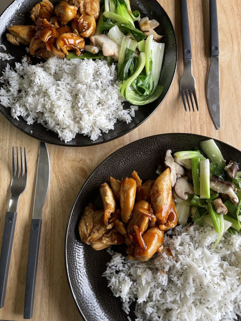 A close up image of the recipe mentioned above. Sticky Chinese chicken with rice and pak choi